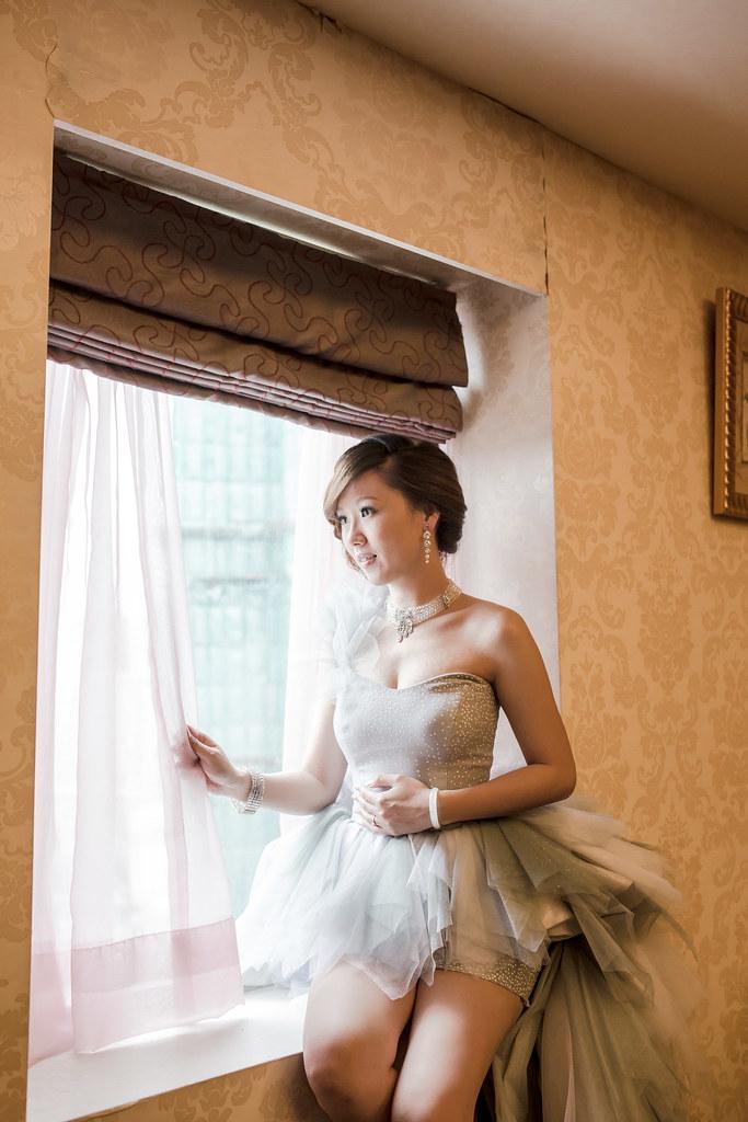 wedding0504-586.jpg