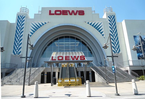 Lowes movie theater alderwood mall