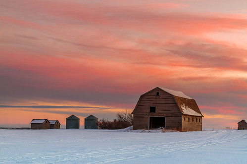winter sunset sky snow canada nature barn rural landscape scenery farm alberta grandeprairie peacecountry