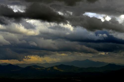 cloud sun mountains hat digital landscape northcarolina windswept madisoncounty