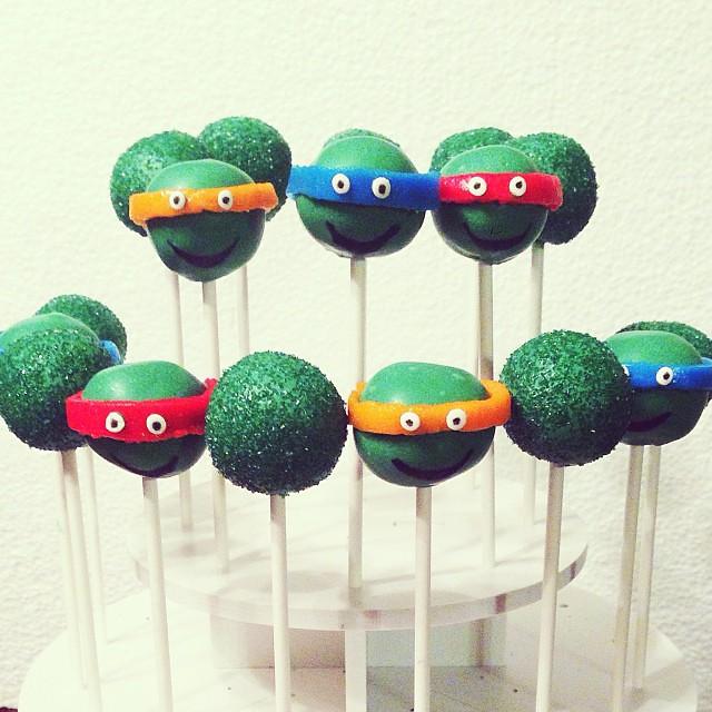 Cowabunga. #cakepops