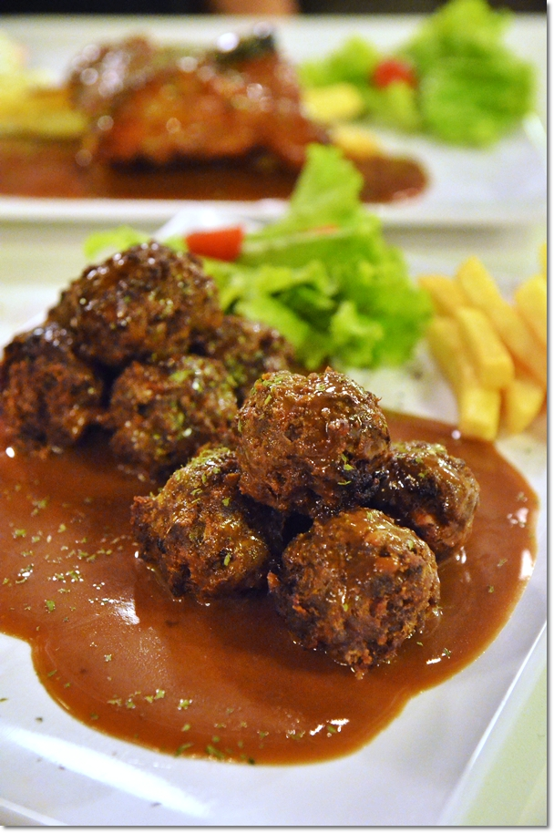 Thumbs Cafe Signature Meatballs