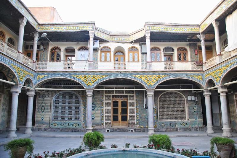 316 patio de los artesanos de joyas en Isfahan (8)