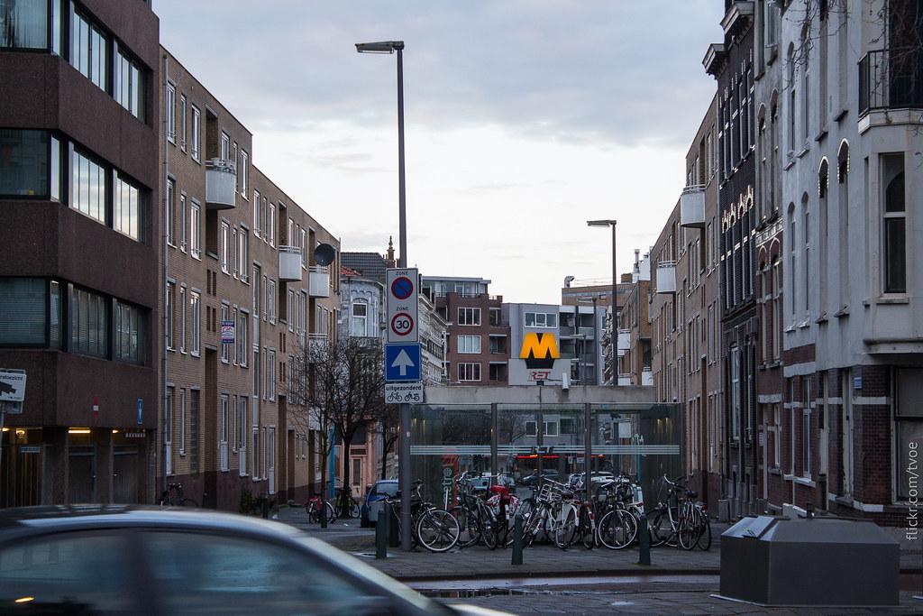 Метро Дейкзигт в Роттердаме