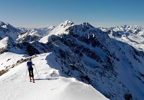 Audrey skiing the ridge