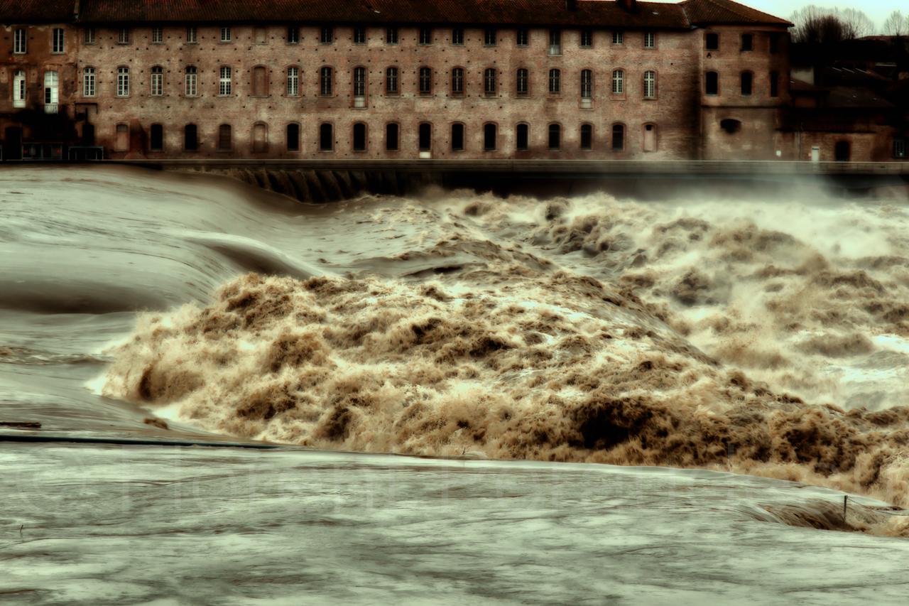 la Garonne en crue, 25 et 26 janvier 2014, Toulouse 12137085553_e59beee54f_o
