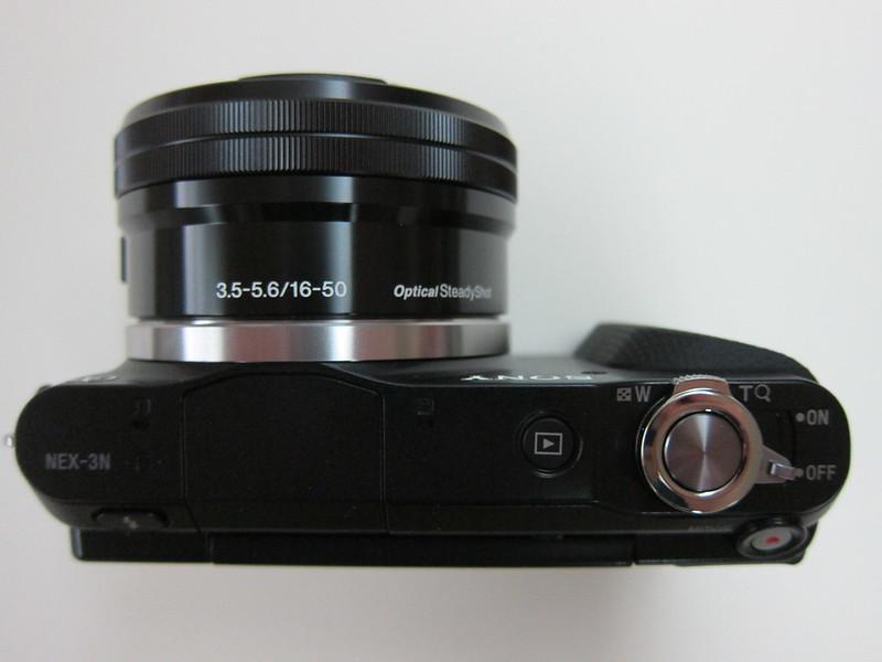 Sony NEX-3N - Top