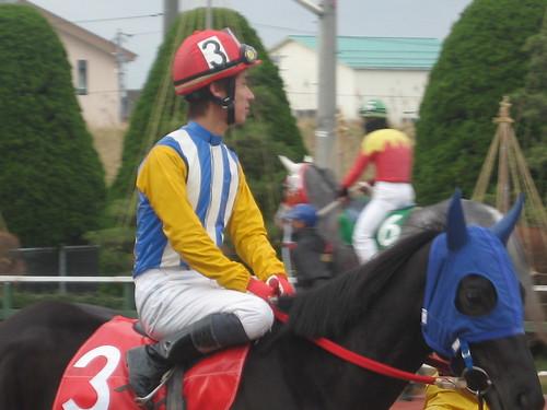金沢競馬場の加藤和義元騎手。クロ。