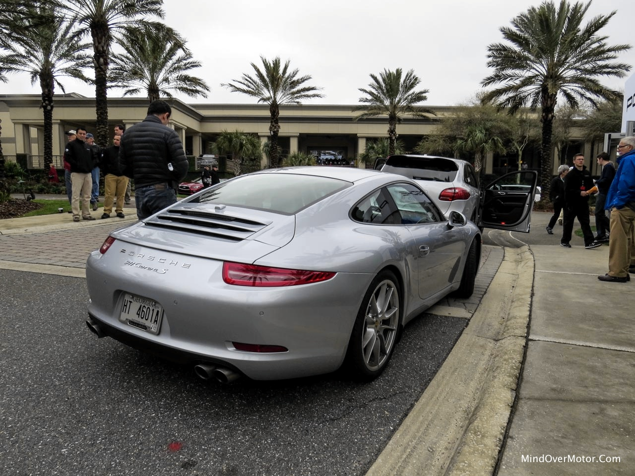 2014 Porsche 911 Carrera S Rear Right