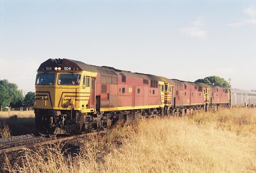 057-24 1991-03-31 8041 8016 and 80xx on WL-2 at Condobolin