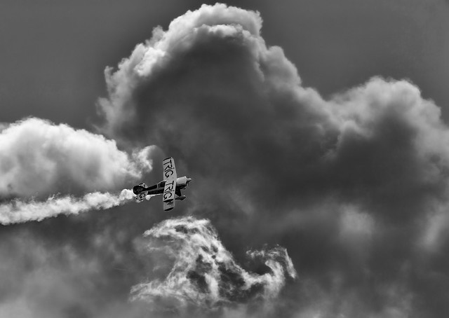 G-IIIP Pitts mono, Glenrothes, Canon EOS-1D X, Canon EF 100-400mm f/4.5-5.6L IS