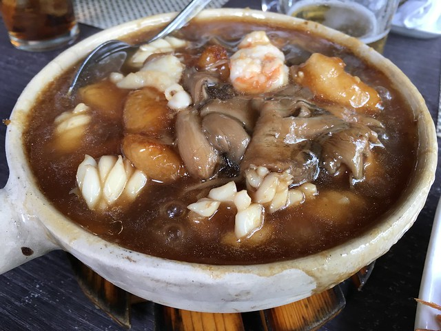 Oyster bayの鍋料理。あんかけ中華丼みたいな感じ。優しいうまさ。