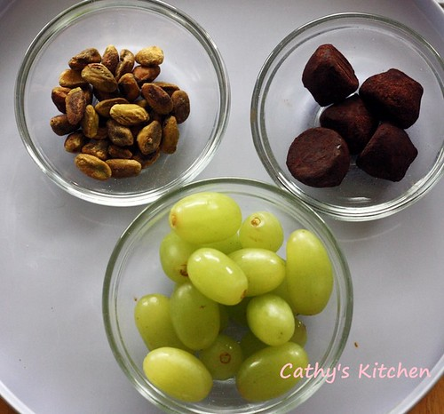 葡萄裏巧克力 Grape with Chocolate 5