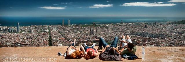Atón - deidad solar - Panorámica de Barcelona