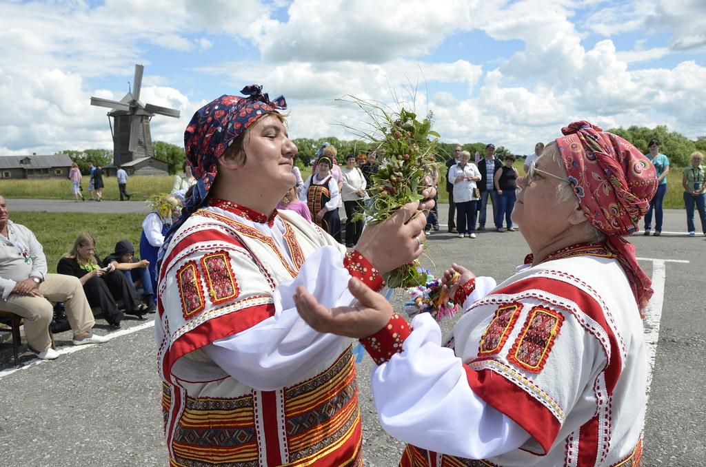 Троица в Тарханах. Праздник русской березы