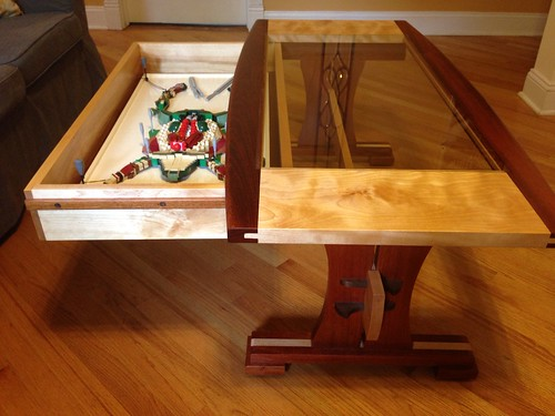 Frog Dissection Table: Sliding Drawer