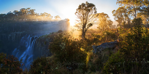 panorama mist fog sunrise australia nsw ebor eborfalls newenglandtablelands johnfinnan