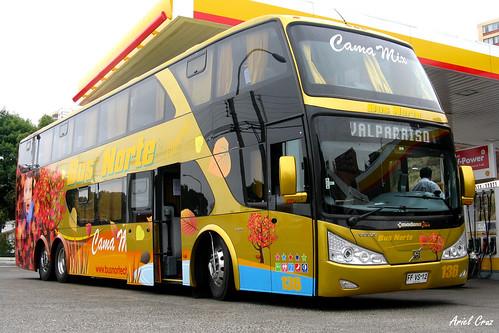 Bus cargando combustible | Bus refueling | Bus Norte / Modasa Zeus DP / FFVS12