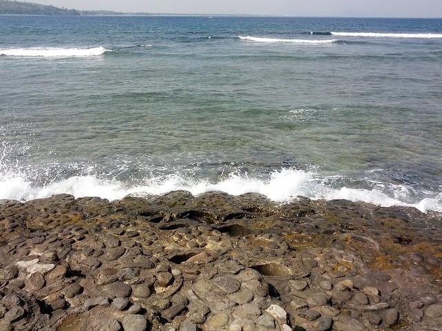 Волны на мысе серфингистов