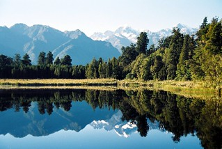 Lake Matheson, 5 April 2012-003
