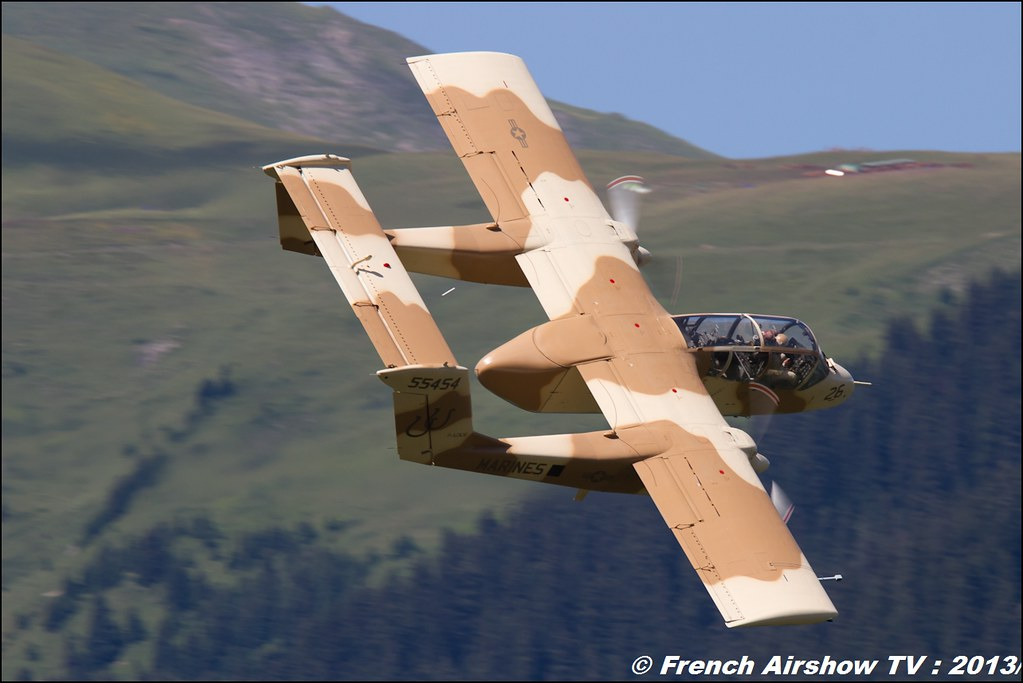 OV-10 Bronco montelimar,Fete de l'air,Courchevel Saut à Ski 2013