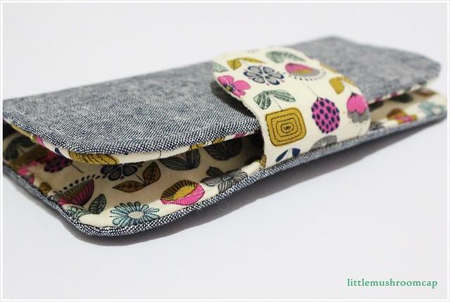 wallet sewn - closed
