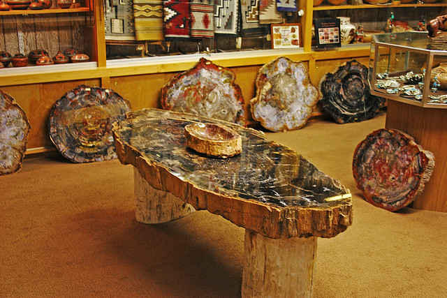 Rock table_0439