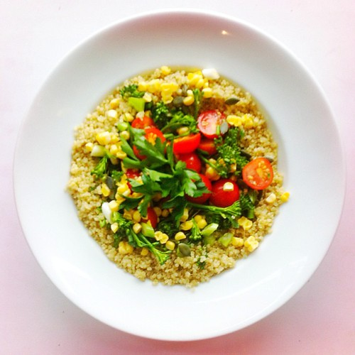 Quinoa week. Recipe n.4: tomatoes, white quinoa, broccoli, spring onions, pumpkin seeds, raw corn, parsley. Extra virgin olive oil.  #salad #salads #saladjam #saladlunch #veg #vegan #veggie #veganlunch #veganshare #vegetarian #health #healthy #healthydiet