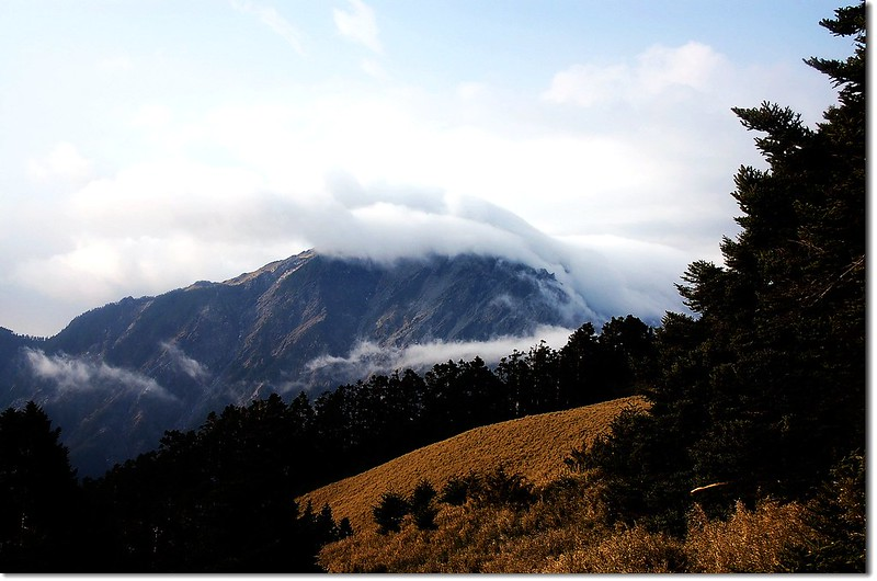 霧鎖奇萊北 3