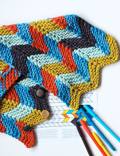 Color by Number Chevrons Cowl
