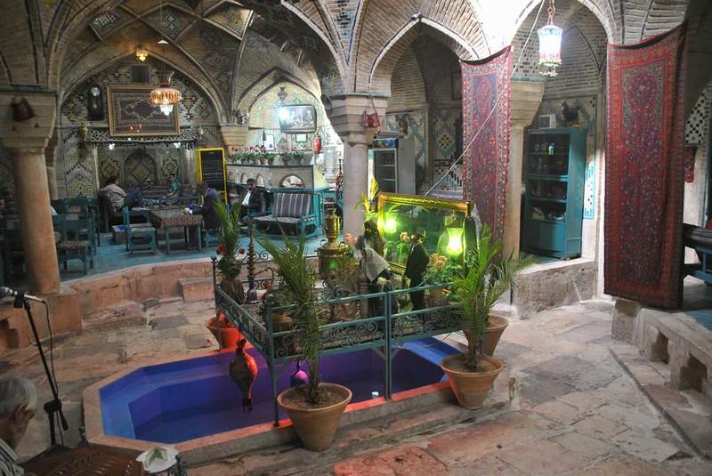 198 Restaurante en Kerman (1)