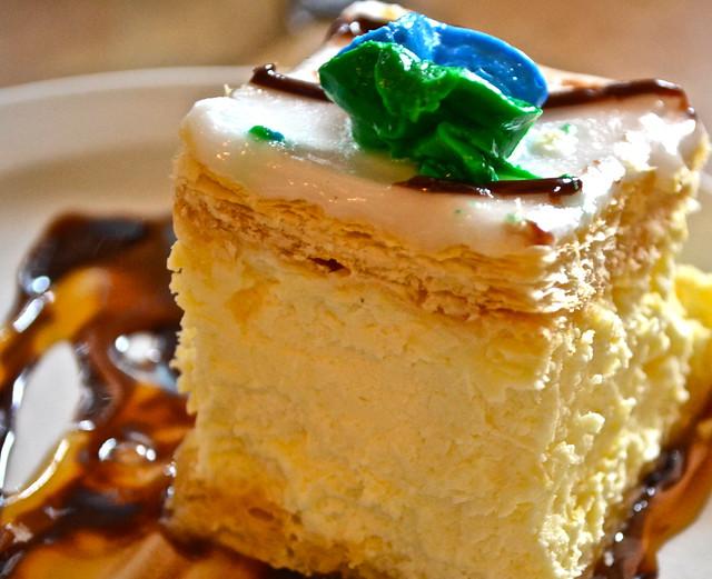 TooJays Gourmet Deli, Florida - Napoleon cake
