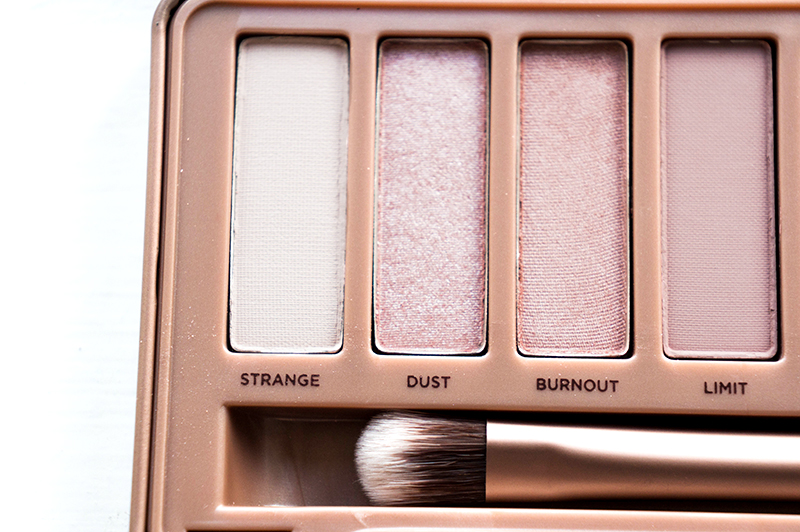 Urban Decay Naked 3 Palette: Strange, Dust, Burnout & Limit | www.latenightnonsense.com
