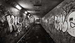 01/52 (2014): Underpass grime