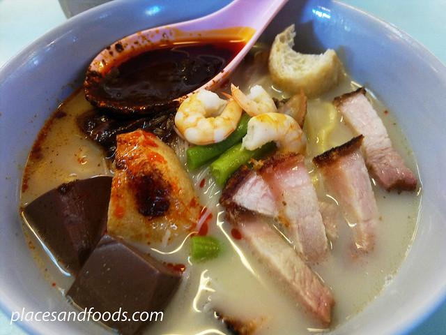 kuan nan white curry noodle