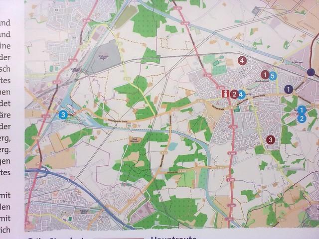 Die neue Beschilderung der Römerroute nutzt Kartenmaterial der OpenStreetMap.