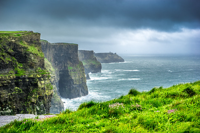 Cliffs of Moher by CC user giuseppemilo on Flickr
