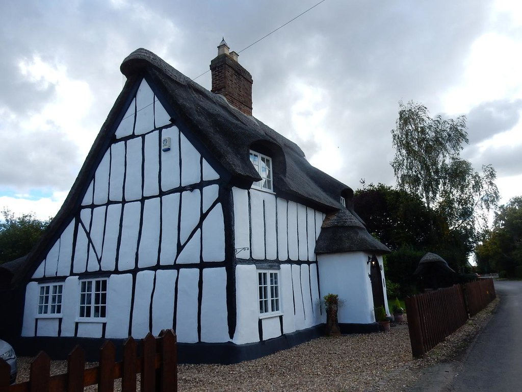 Manor Cottage Sandy to Biggleswade Northill
