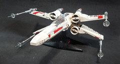 LEGO-Star Wars: T-65 X-Wing Starfighter (1)