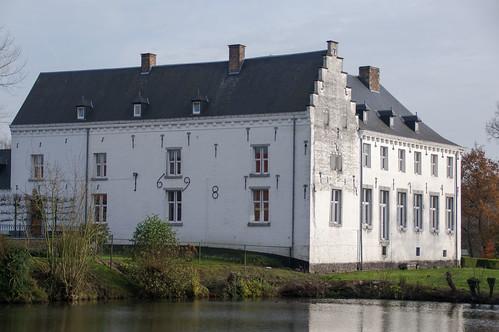 Neerrepen, kasteel van Rooi