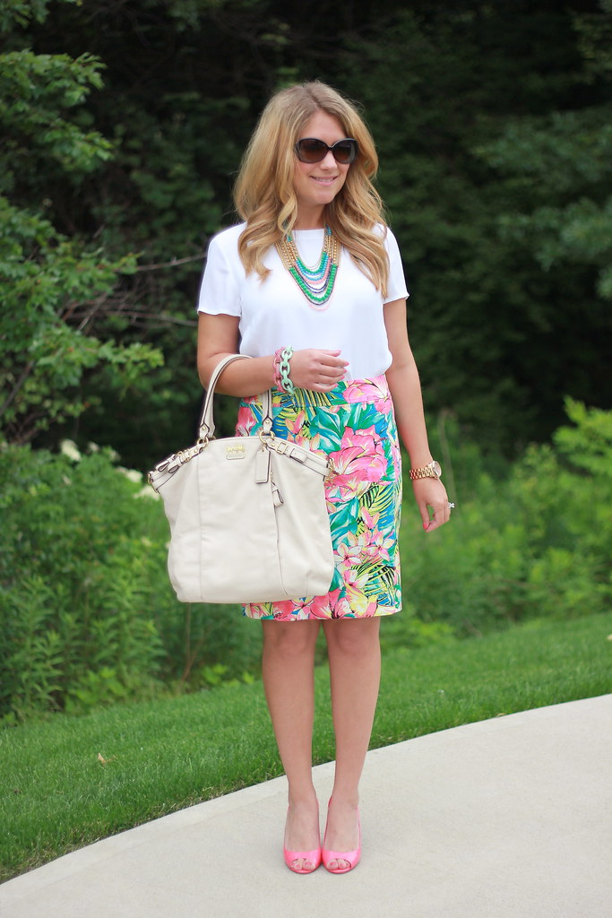 tropical skirt summer outfit idea