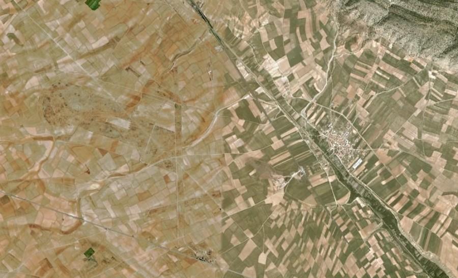 Caudé, Teruel, existe, aeropuerto, antes, urbanismo, planeamiento, urbano, desastre, urbanístico, construcción