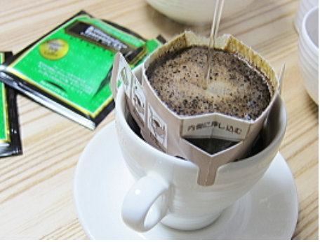 【楽天市場】1杯あたりたっぷり10g入り【送料無料】グルメドリップコーヒーキリマンジャロ -タンザニアAA-100杯分:TSUJIMO