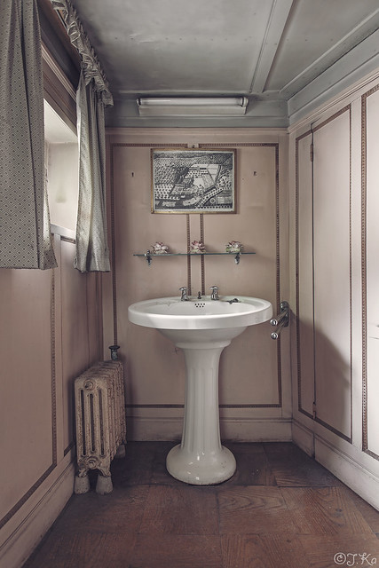 flickriver most interesting photos from washhandbasin pool. Black Bedroom Furniture Sets. Home Design Ideas