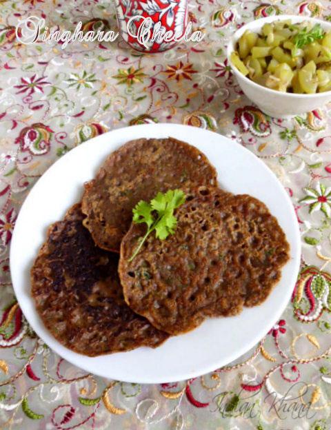 Singhara-atta-cheela-navratri-recipe