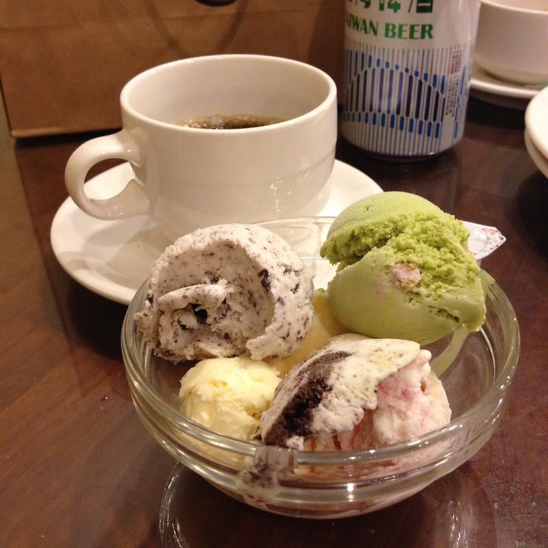 アイスとコーヒー by haruhiko_iyota