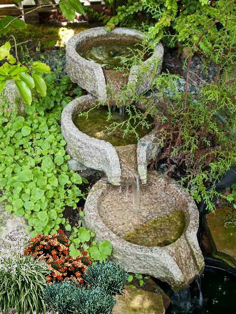 bahçe tasarımında kullanılan su öğesi örneği - 2013-10-11 00:33:53