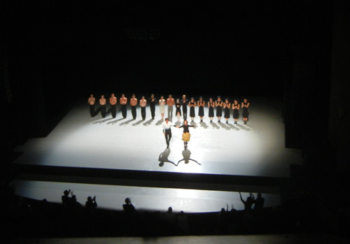 DSCN7014 _ Sehnsucht & Schmetterling,Dancers and Paul Lightfoot & Sol León, Zellerbach Hall, Berkeley