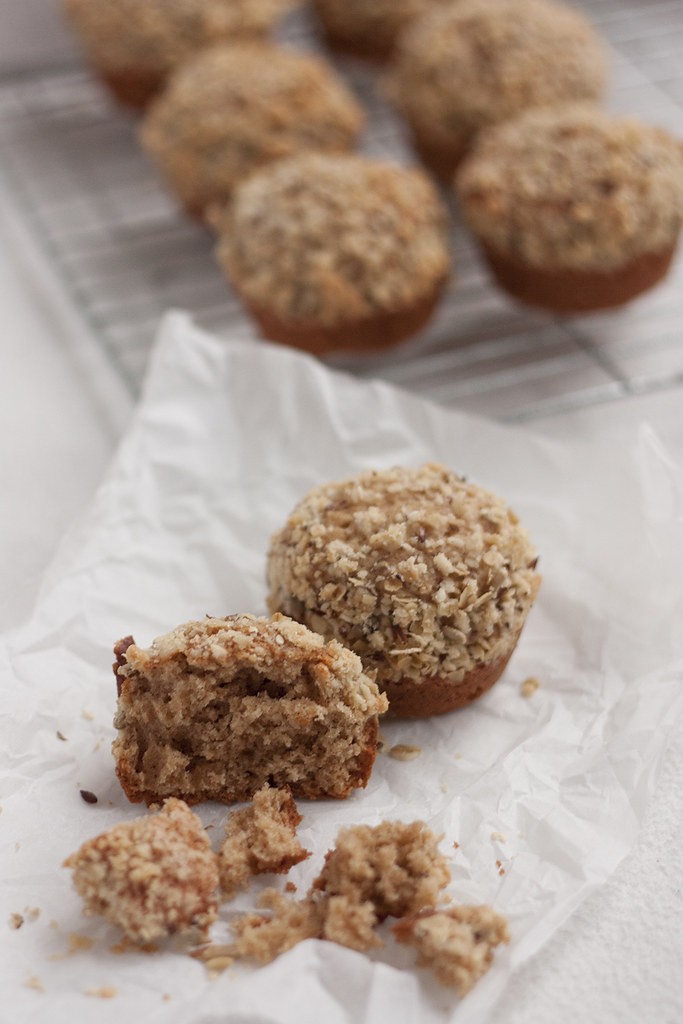 Pumpkin Spice Banana Muffins {Guest Post by Bake Jenny} via LittleFerraroKitchen.com