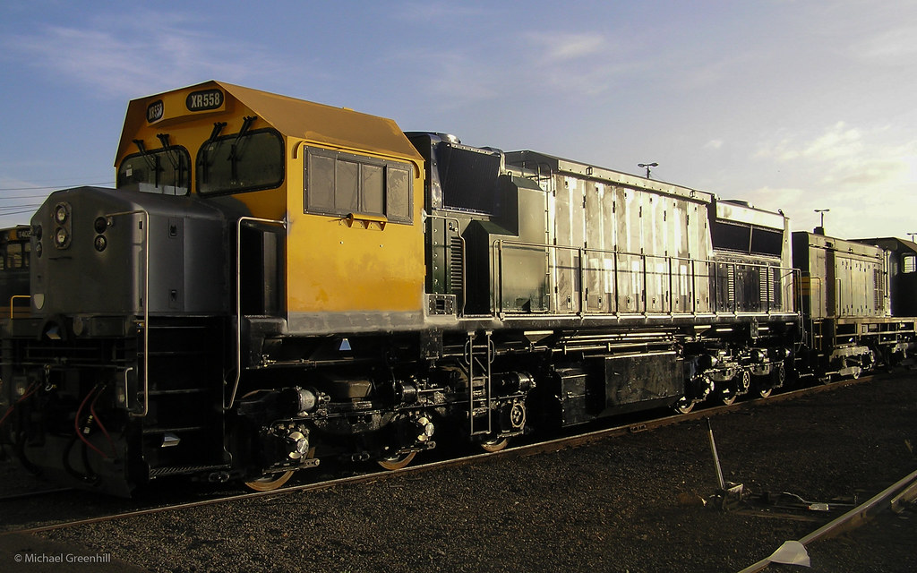 XR558 at South Dynon by michaelgreenhill